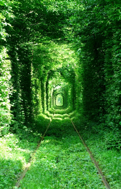 Lovetunnelinukrainebeautifulplace24